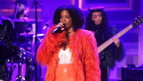 Dear Uncle Snoop: A Gallery Of Times Ari Lennox KILLED It With Her Natural Hair